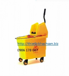 DOWN-PRESS SINGLE MOP WRINGER TROLLY B-046B