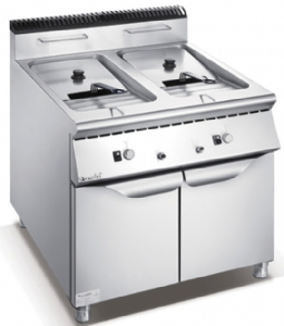 700 Series Gas 2-Tank 2-Basket Fryer With Cabinet F7070GFR