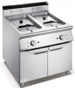 900 Series Electric 2-Tank 2-Basket Fryer With Cabinet F9080EFR
